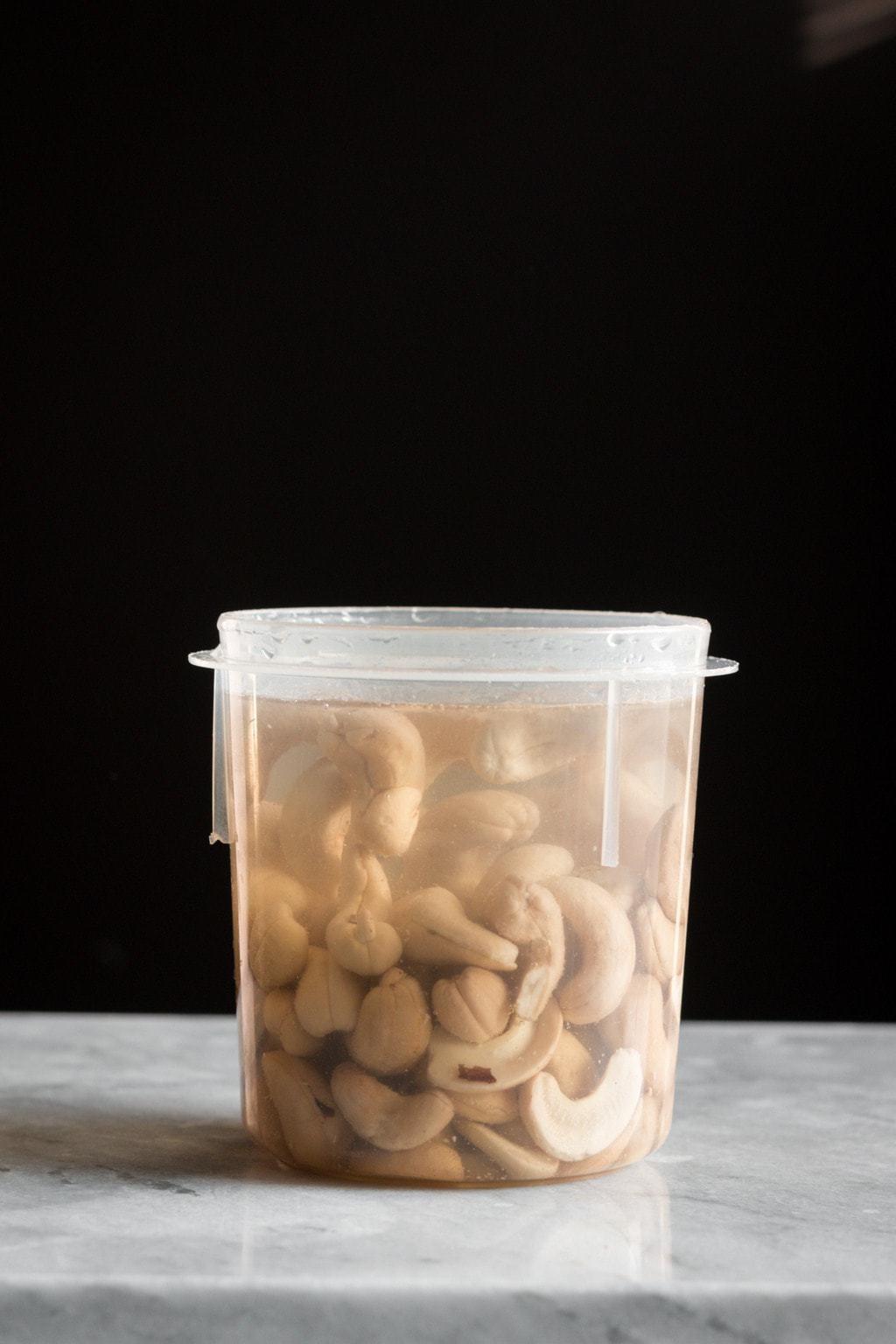 Vegan Cashew Eggnog (Sugar-Free)