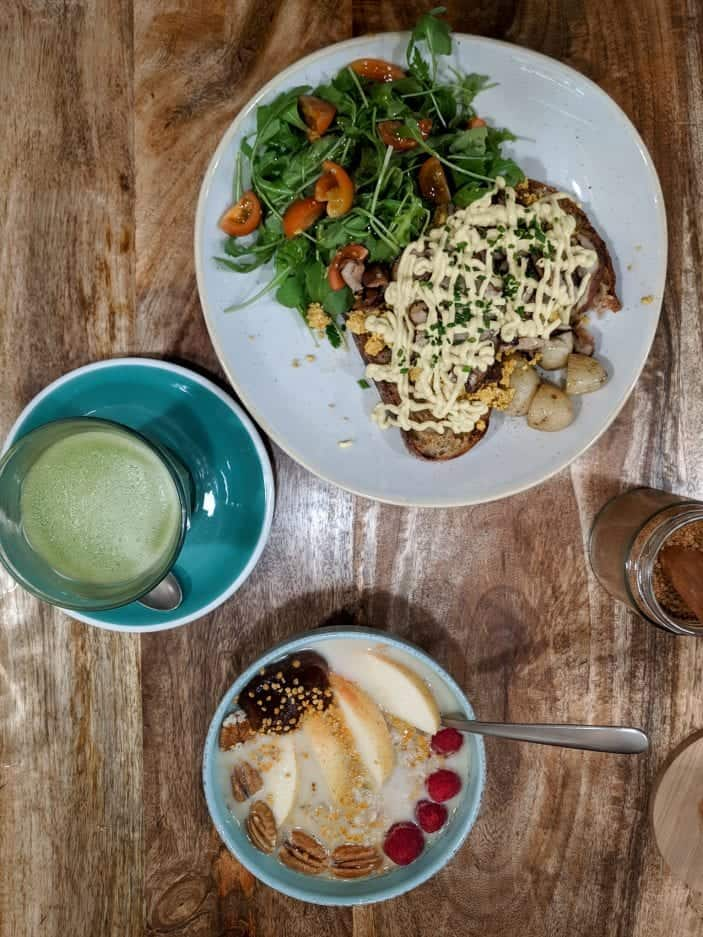 tofu toast, oatmeal and matcha