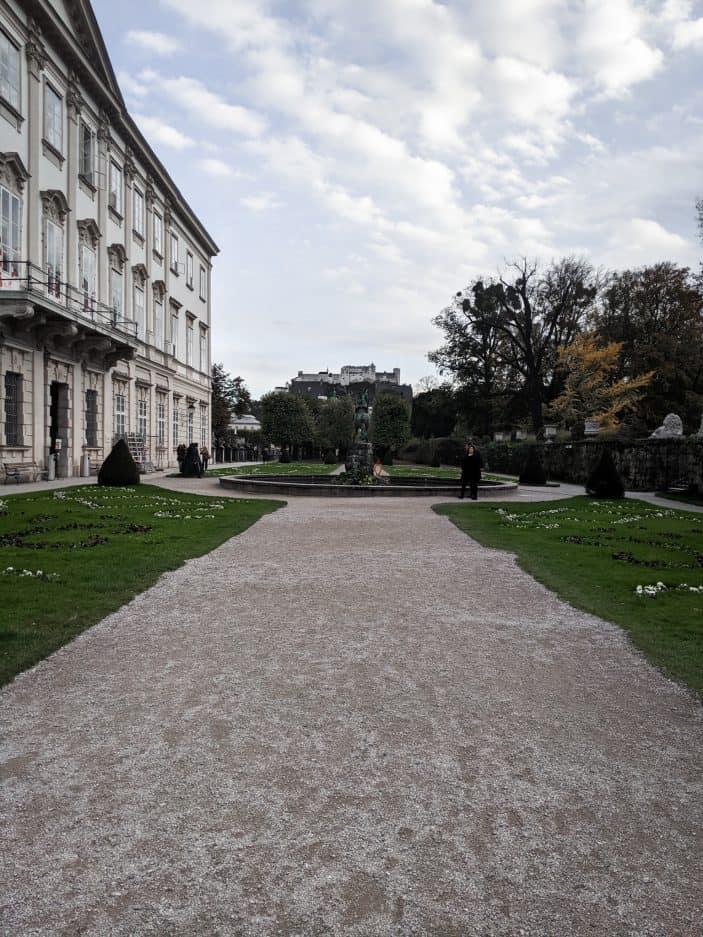 1 Week in Austria - Salzburg garden