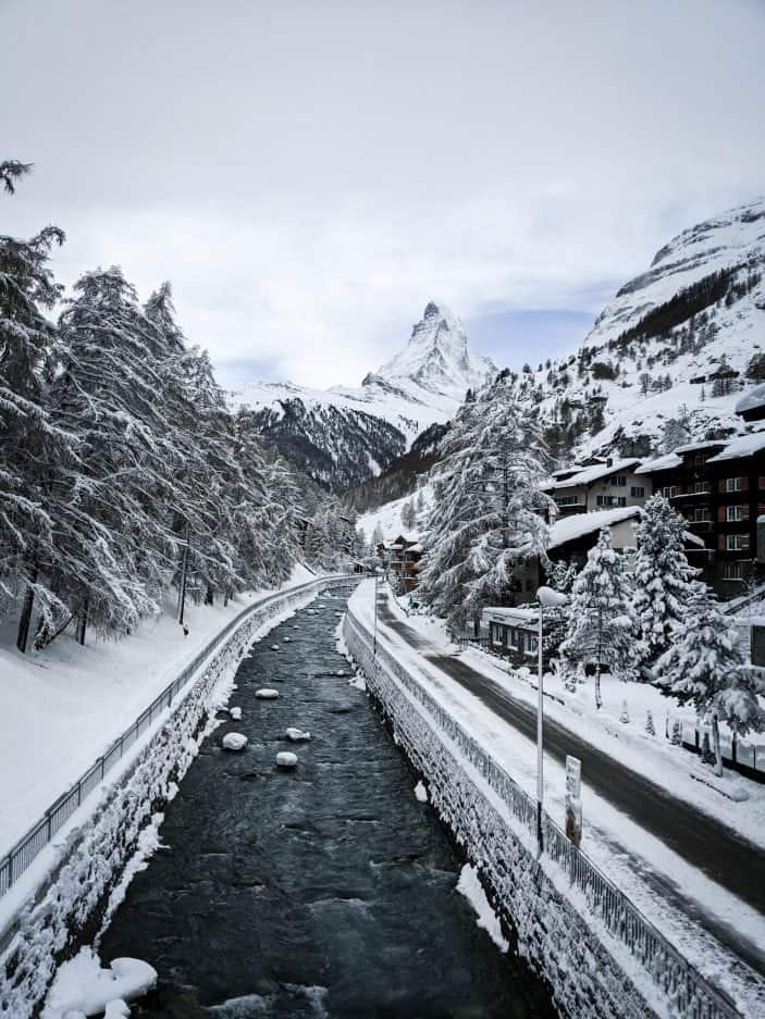 1 Week in Switzerland - Matterhorn and river in snow