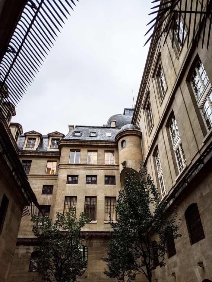 1 week in Paris - Building