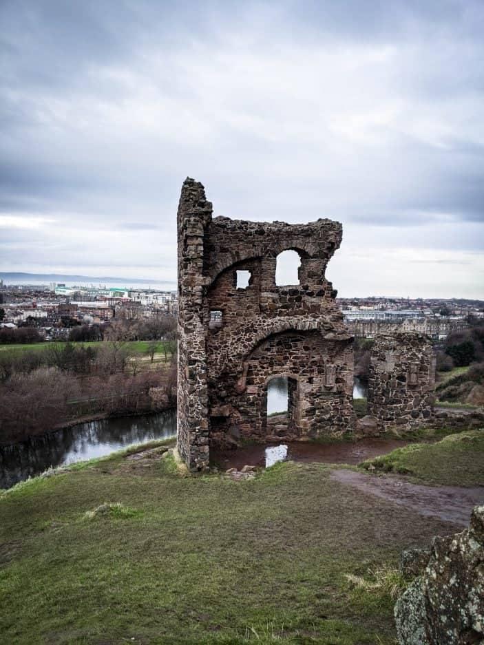ruins in Edinburgh