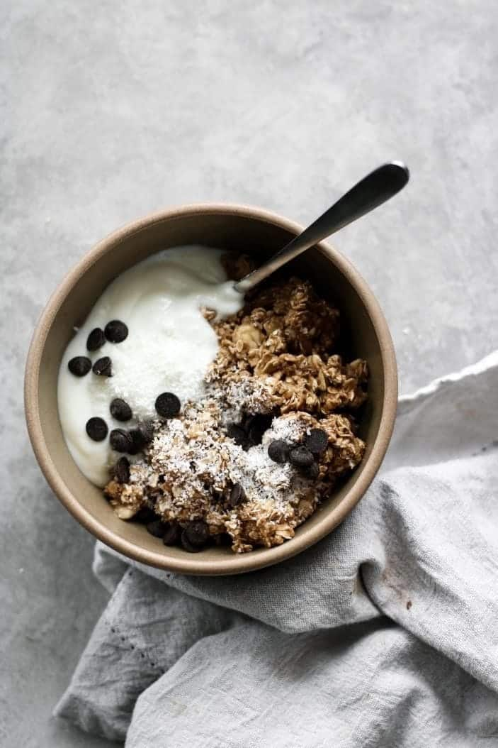 Granola and yogurt Bowl