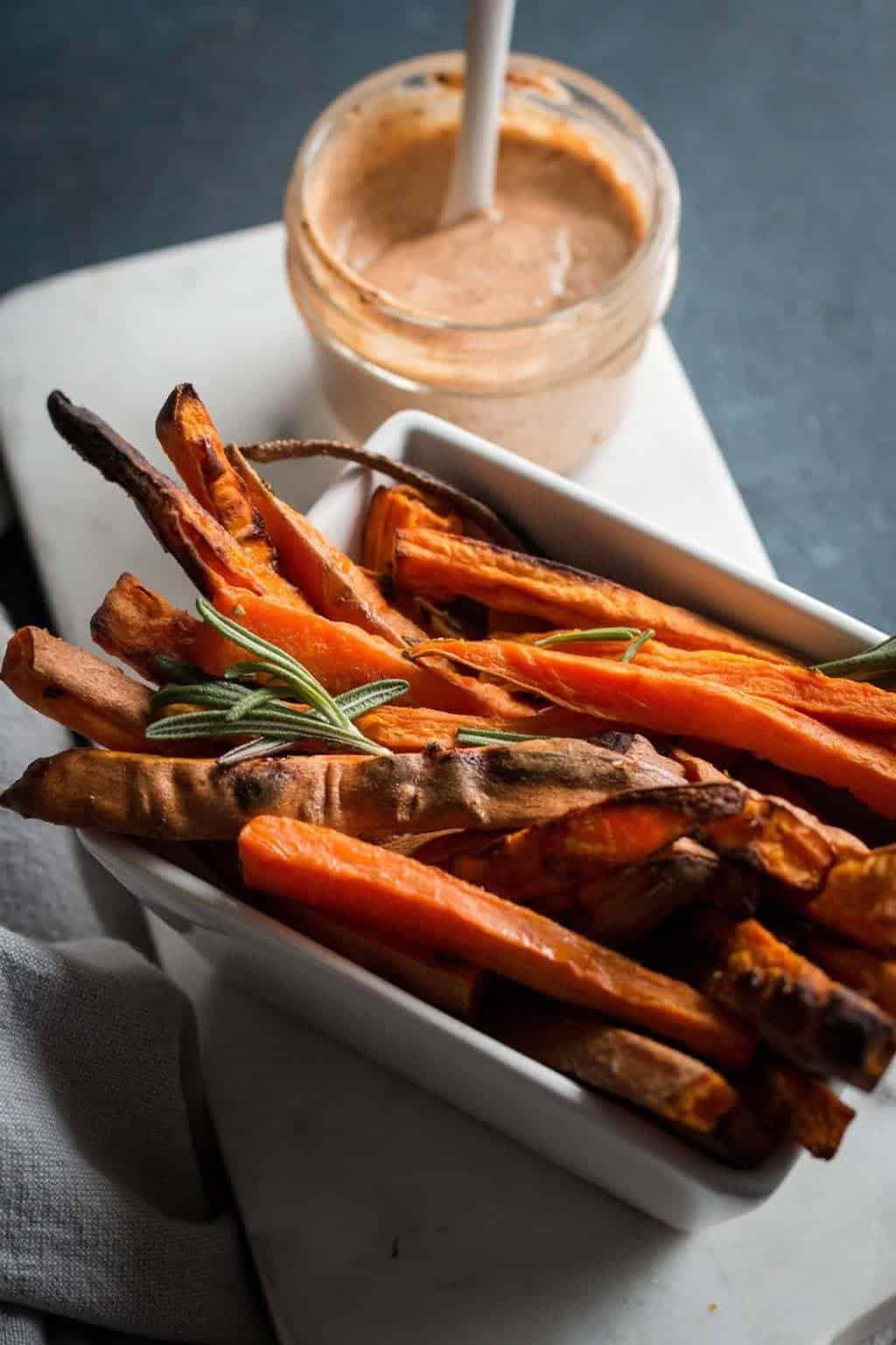 Roasted Sweet Potatoes with 2-Minute Vegan Aioli