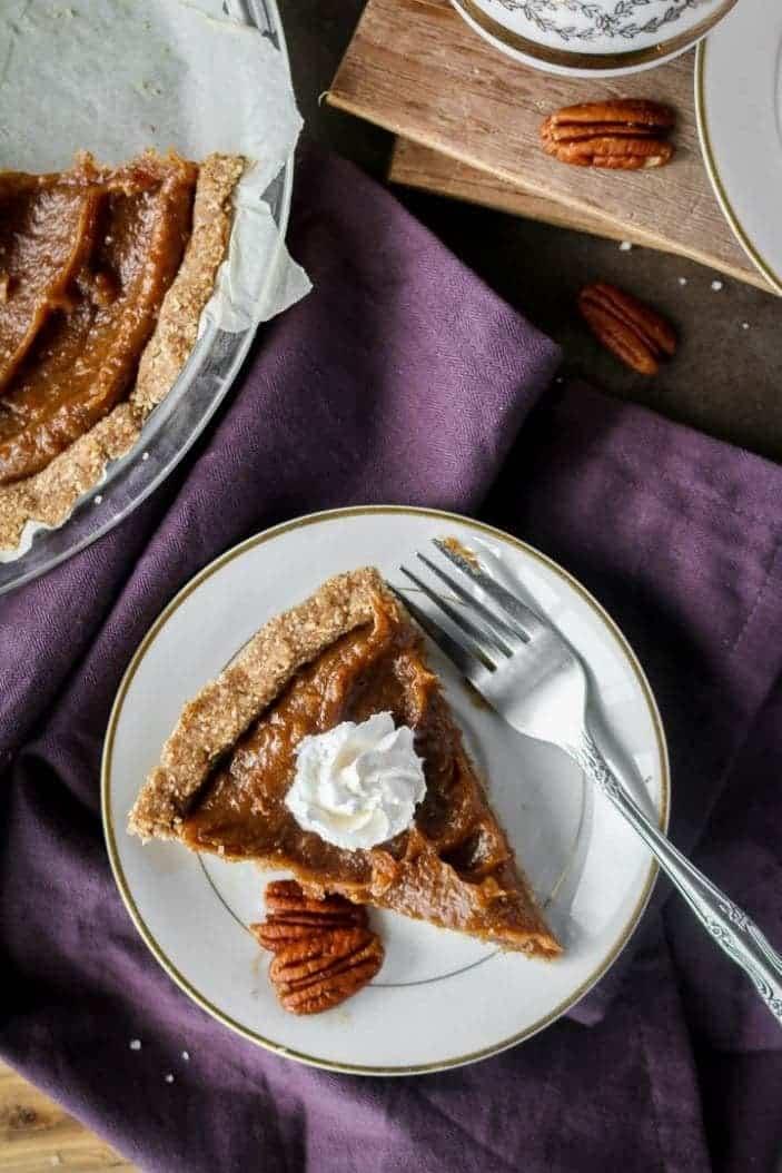 No-Bake Caramel Pecan Pie